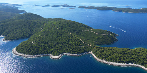 Island Hvar feature